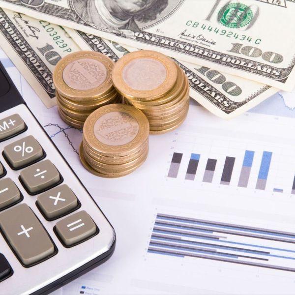 Imagem principal do produto Finanzas personales: Genera y administra tu dinero como un profesional