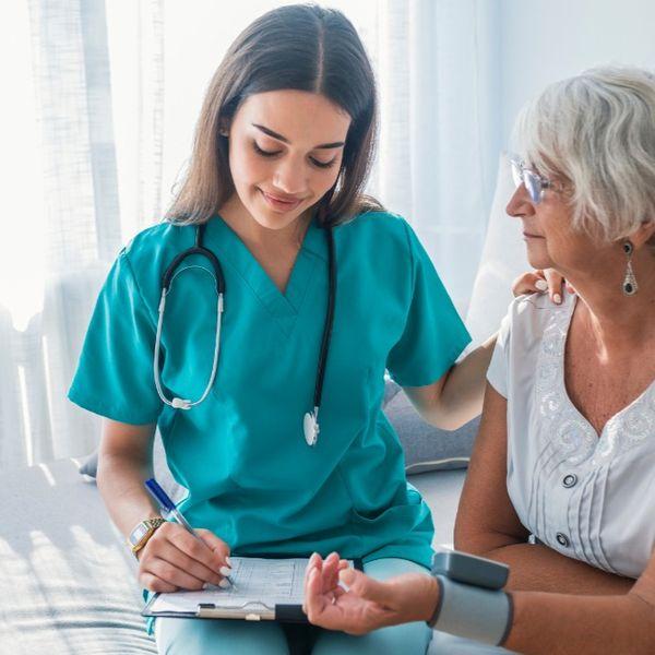 Imagem principal do produto Curso Técnico de Enfermagem