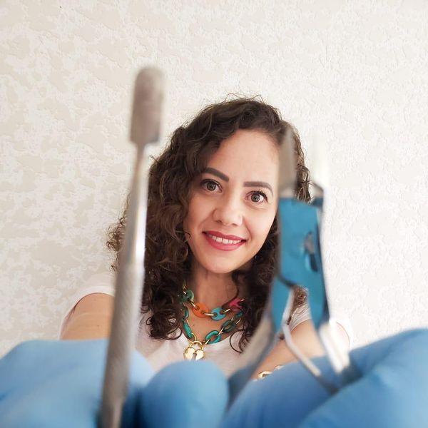 Imagem principal do produto Curso de Manicure INICIANDO COM EXCELÊNCIA