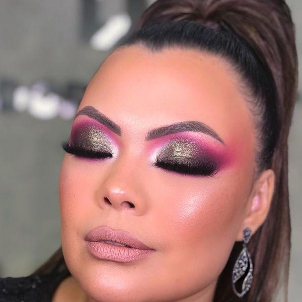 Imagem principal do produto Isadora Bonatto - Maquiagem colorida com glitter