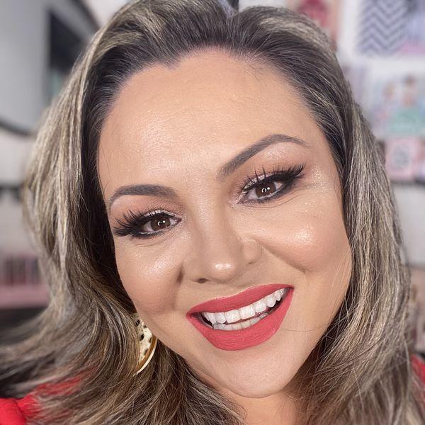 Imagem principal do produto Consultoria VIP Maquiagem Profissional