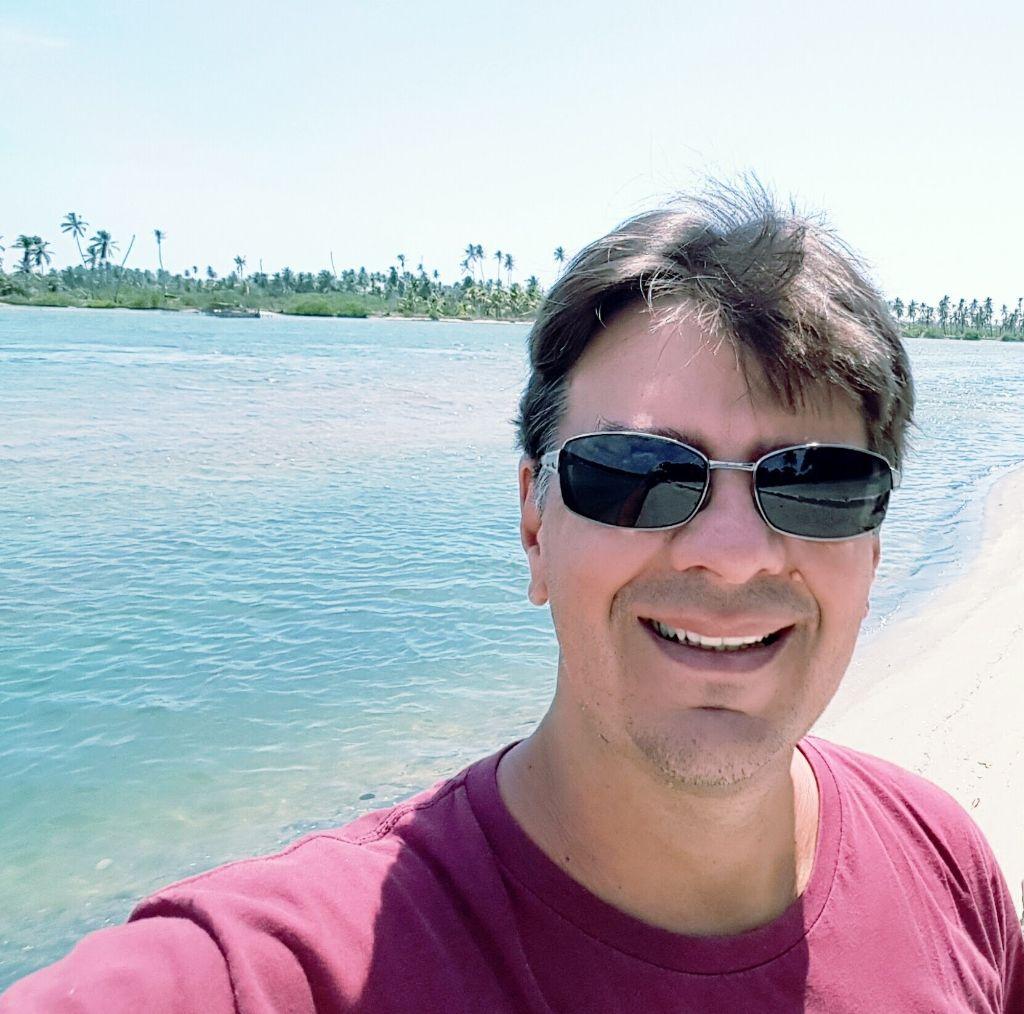 Prof. Ednewton de Vasconcelos