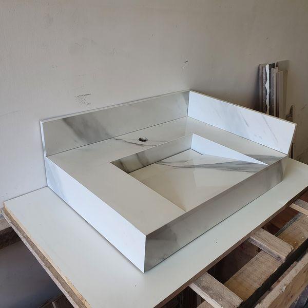 Imagem principal do produto Curso básico de montagem de cuba esculpida em porcelanato.