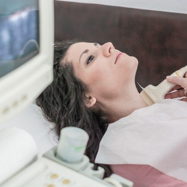 Imagem principal do produto Curso completo de ultrassonografia de tireoides – 5 em 1