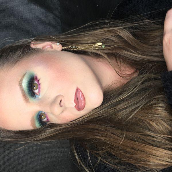 Imagem principal do produto Curso de Automaquillaje  Polaca Makeup 04/20(4)