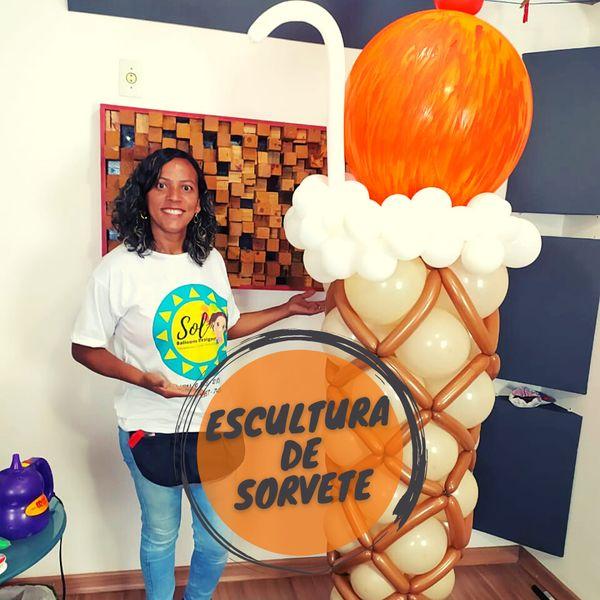 Imagem principal do produto Escultura casquinha de sorvete de balões