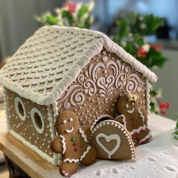 Imagem principal do produto Curso Casinha de Biscoito & Ginger Bread & Bolo Inglês