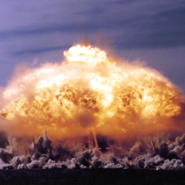 Imagem principal do produto Curso Básico de Búsqueda, Localización de un Artefacto Explosivo Improvisado.