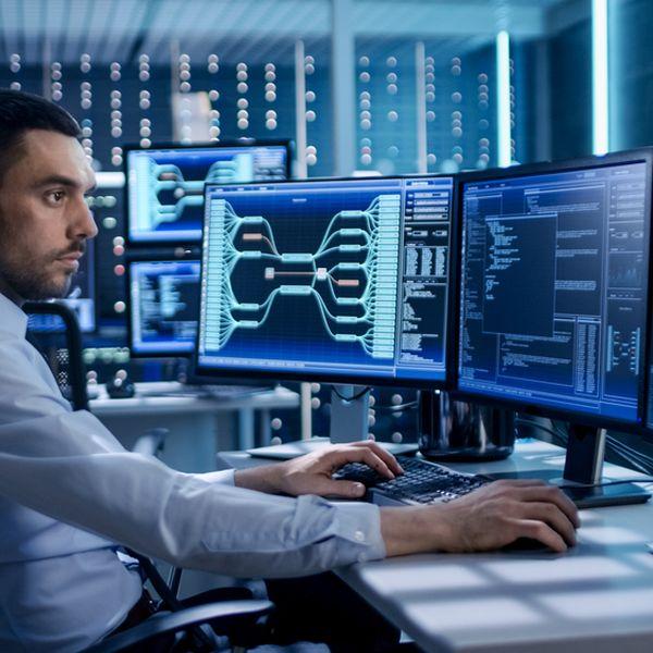 Imagem principal do produto Especialista em infraestrutura de TI & Monitoração