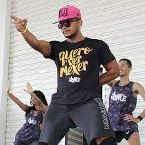 Imagem principal do produto Dance com Muller Lima