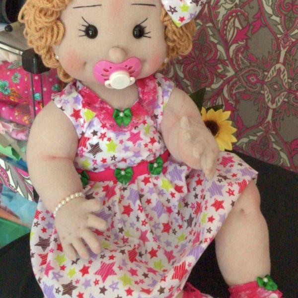 Imagem principal do produto Boneca de pano Maju cheirosa
