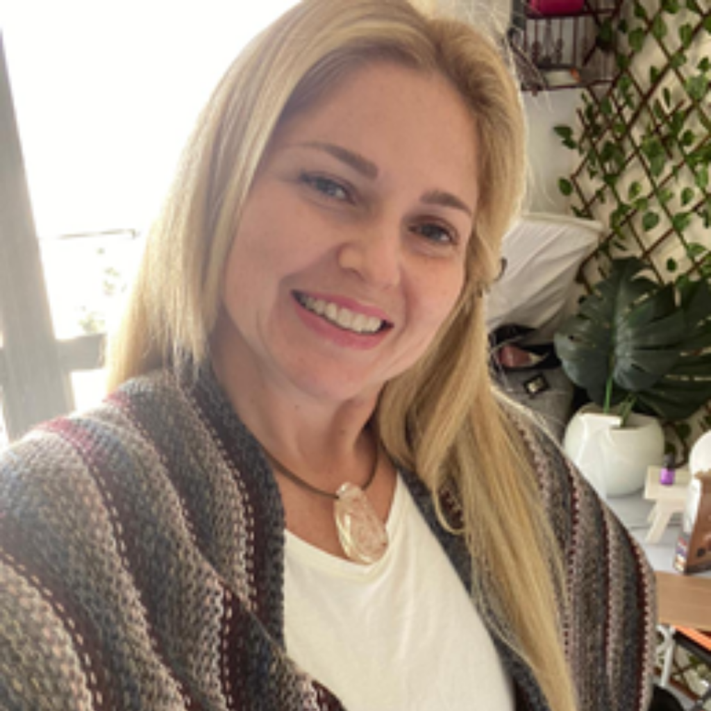 Renata M. Stellin, Dra.
