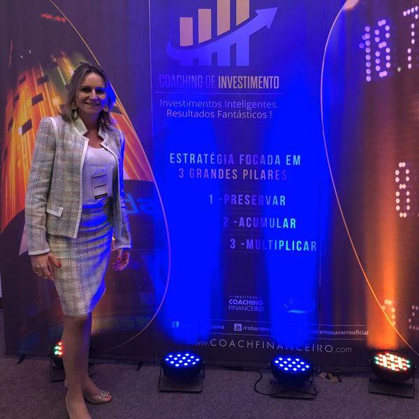 Imagem principal do produto Coach Financeira - Serviço Online/Pacote de Sessões