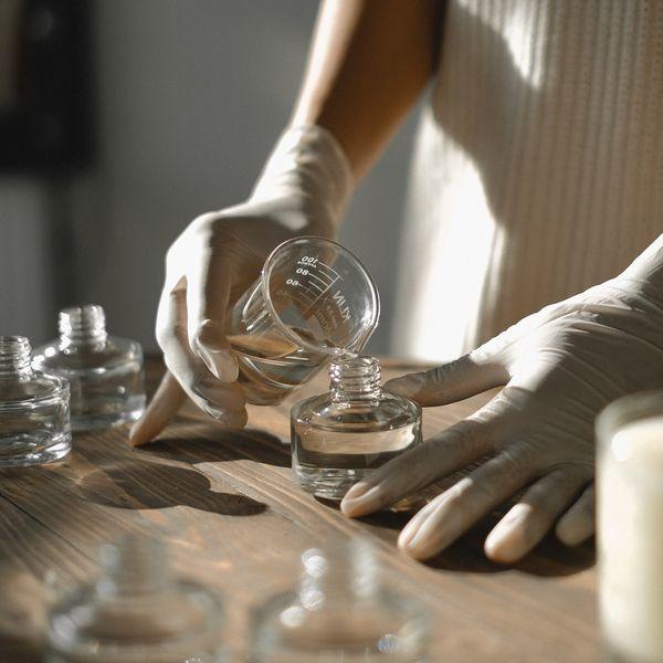 Imagem principal do produto Elaboración de Productos Cosméticos Capilares artesanales