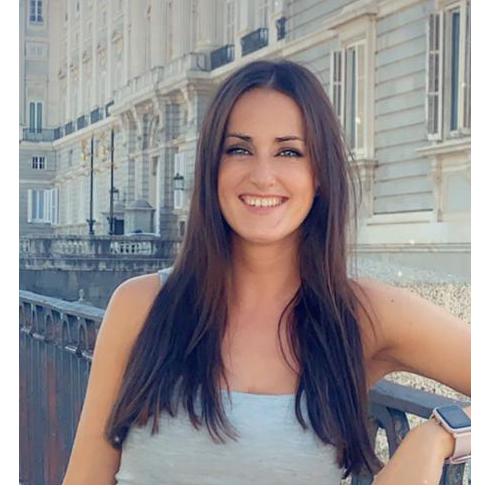 Laura Segovia- Mentora de opositores al CNP
