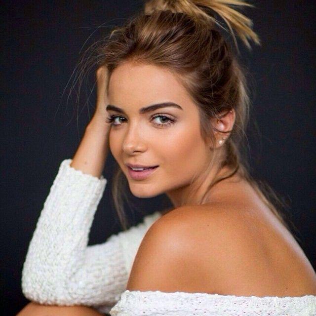 Camila Mayrink