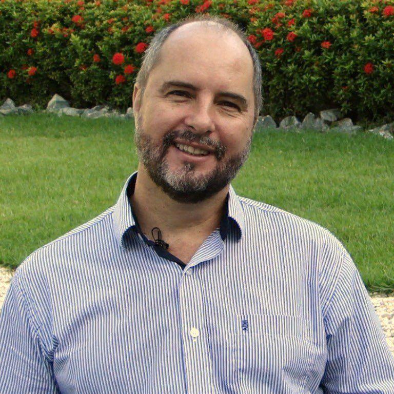 Arq. Eduardo Rosa