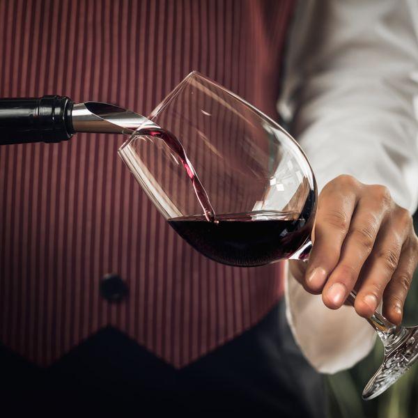 Imagem principal do produto Técnicas de harmonização de vinhos e comidas by Sommelier School