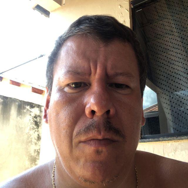 Amir Vando Rosa