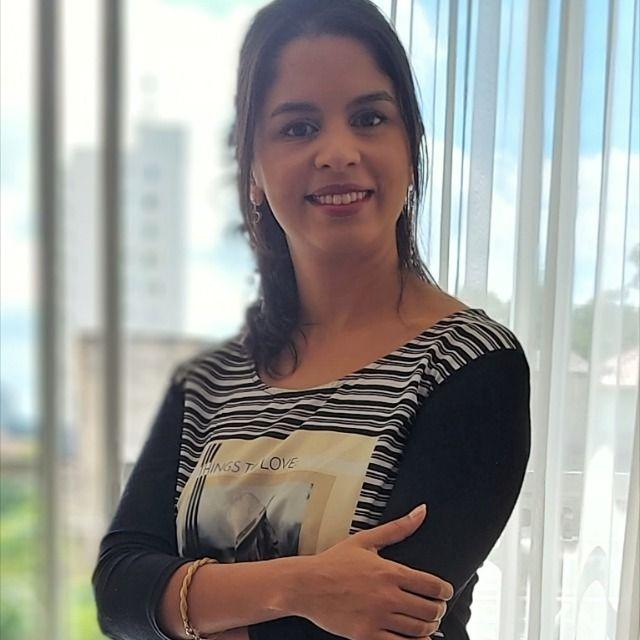 Flavia Claro