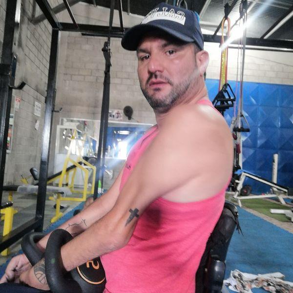Imagem principal do produto Iniciando tu vida en el gimnasio.