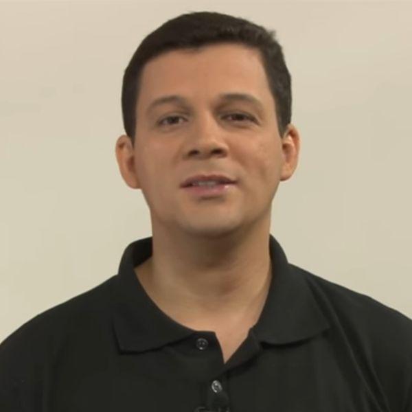 Imagem principal do produto Curso Completo de Língua Portuguesa em Videoaulas para Concursos - Prof. Albert Iglésia
