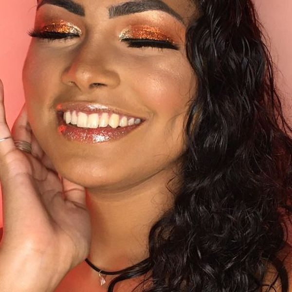 Imagem principal do produto Curso de Auto maquiagem Lívia Ferreira