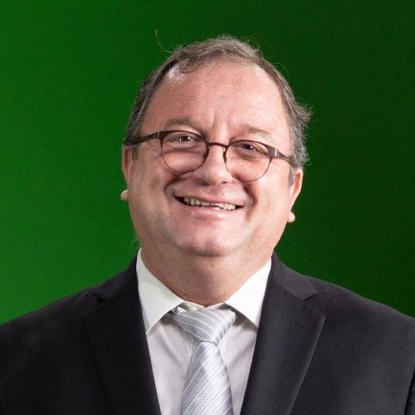 Rev. Arival Dias Casimiro