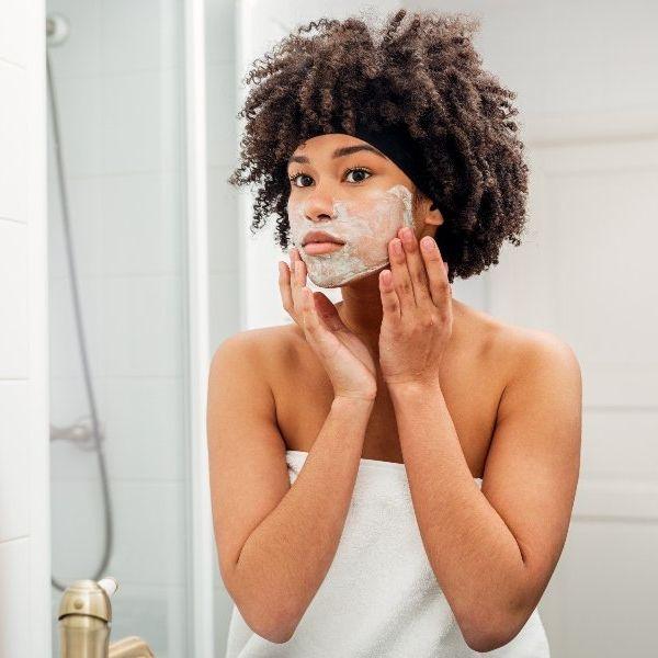 Imagem principal do produto Aprenda como cuida da sua pele em casa