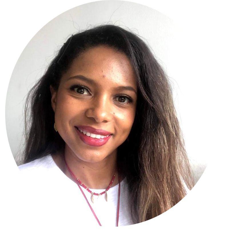 Mayra A. Peña. Co-Propietaria Lila Hair Extensions