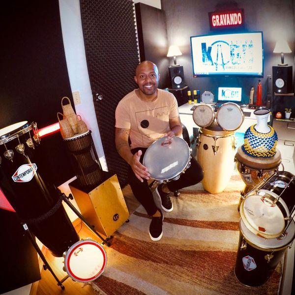 Imagem principal do produto Aulas de Percussão