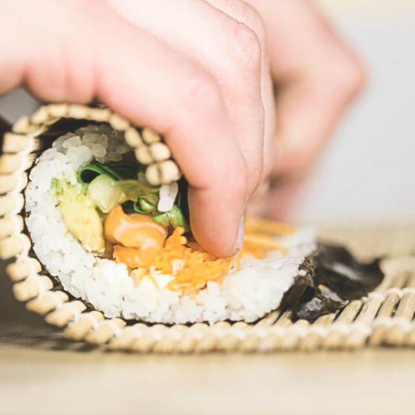 Imagem principal do produto Curso de sushi básico - Aprenda no conforto de casa