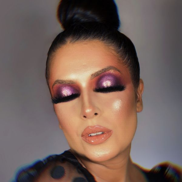 Imagem principal do produto Curso de maquiagem Flávia Makes - Técnica pálpebra luz